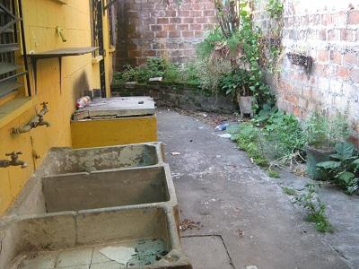 Como decorar mi peque a terraza y jard n interior trasero for Como decorar el interior de mi casa